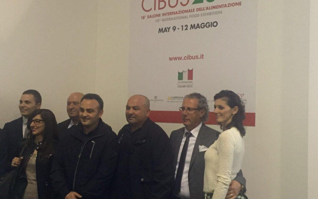 La mozzarella Di Santo premiata al CIBUS dall'ALMA – la Scuola Internazionale di Cucina Italiana